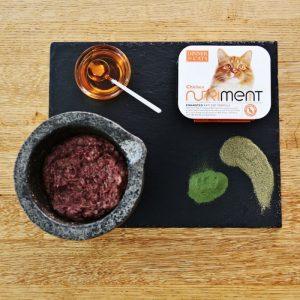 nutriment pet food cat chicken
